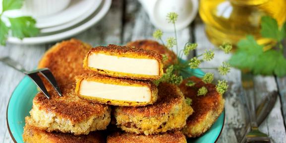 Что можно приготовить из колбасного сыра