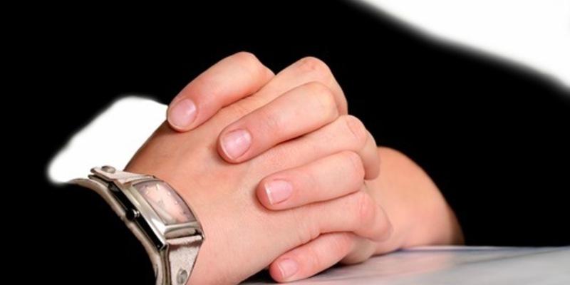 Как отучить себя трогать лицо