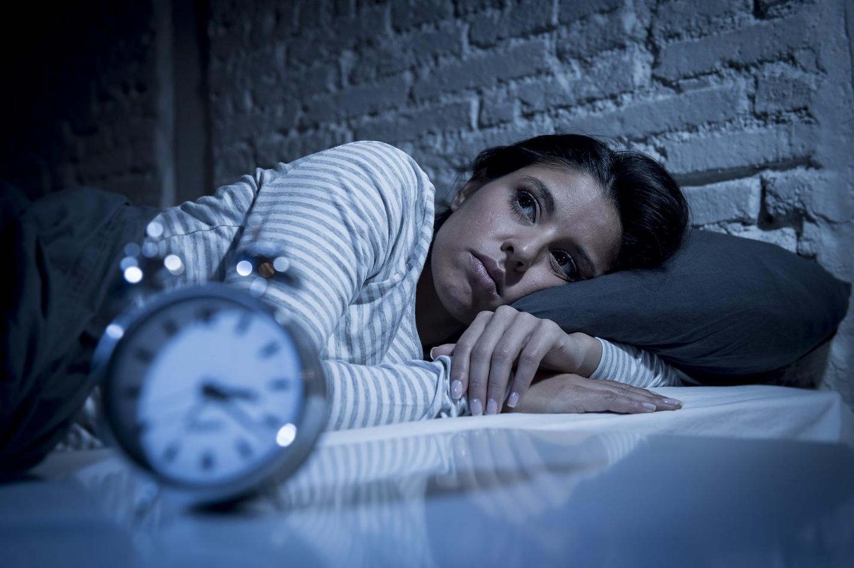 Почему люди часто просыпаются ночью