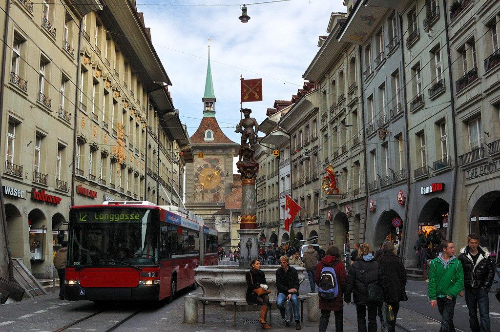 Можно ли переезжать на ПМЖ в Швейцарию